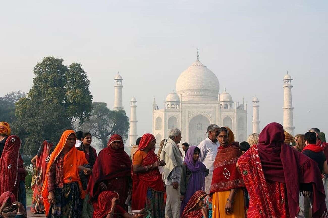 Tajemnicza choroba w Indiach. Zachorowało ponad 300 osób