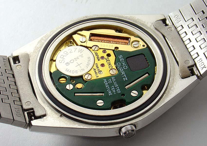 Jak działa zegarek kwarcowy?