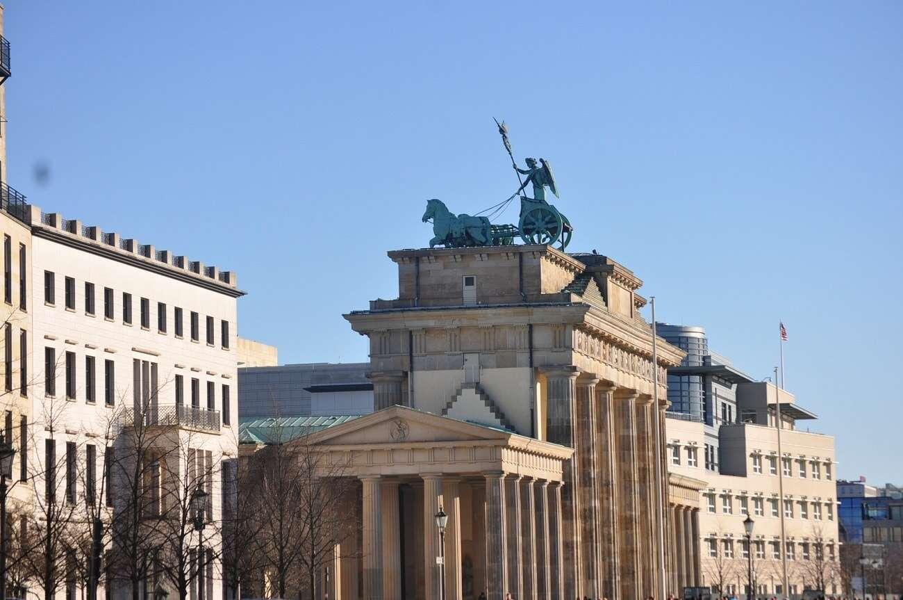 Niemcy wykryli nową mutację koronawirusa. Merkel wzywa do podjęcia działań