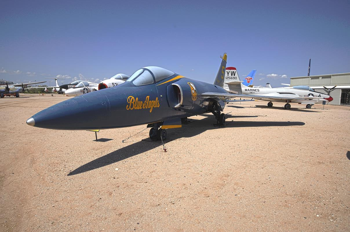 Ten myśliwiec zestrzelił samego siebie, czyli o F-11 Tiger