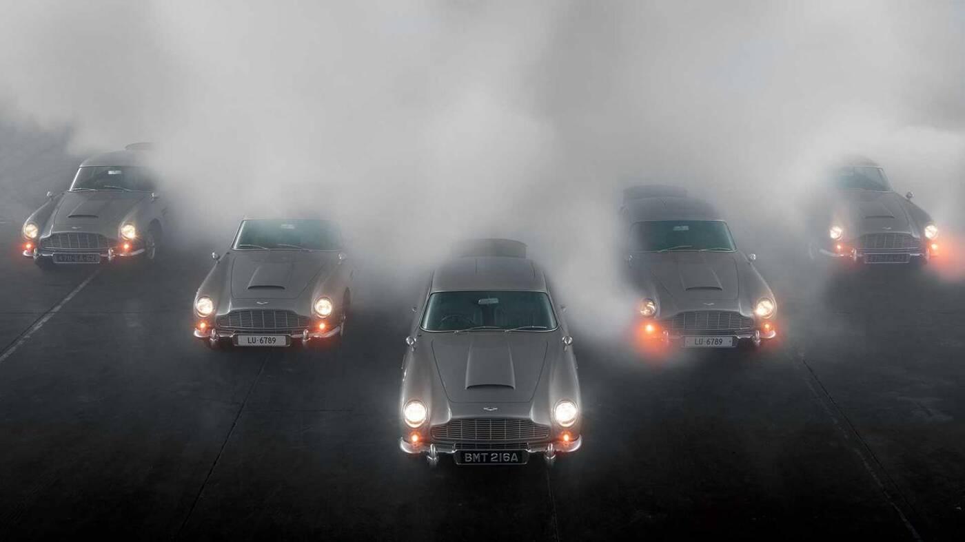 Pięć modeli Aston Martin DB5 Continuation rozkręca swoje karabiny