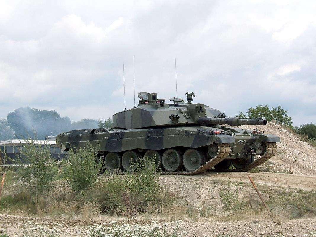 Wielka Brytania sięgnie po czołg Eurotank?