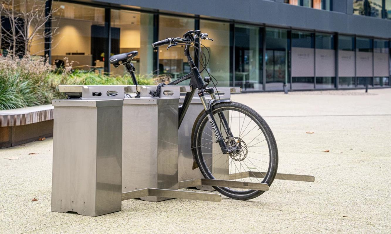 miejsce parkowania dla elektrycznych rowerów, parking HAVN, miejsce parkingowe HAVN, parkowanie dla eBike