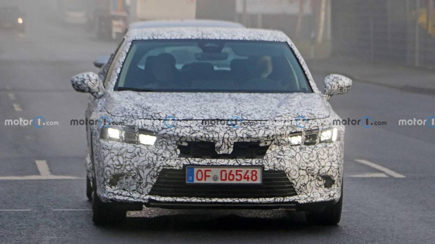 Hatchback Honda Civic nowej generacji na zdjęciach szpiegowskich