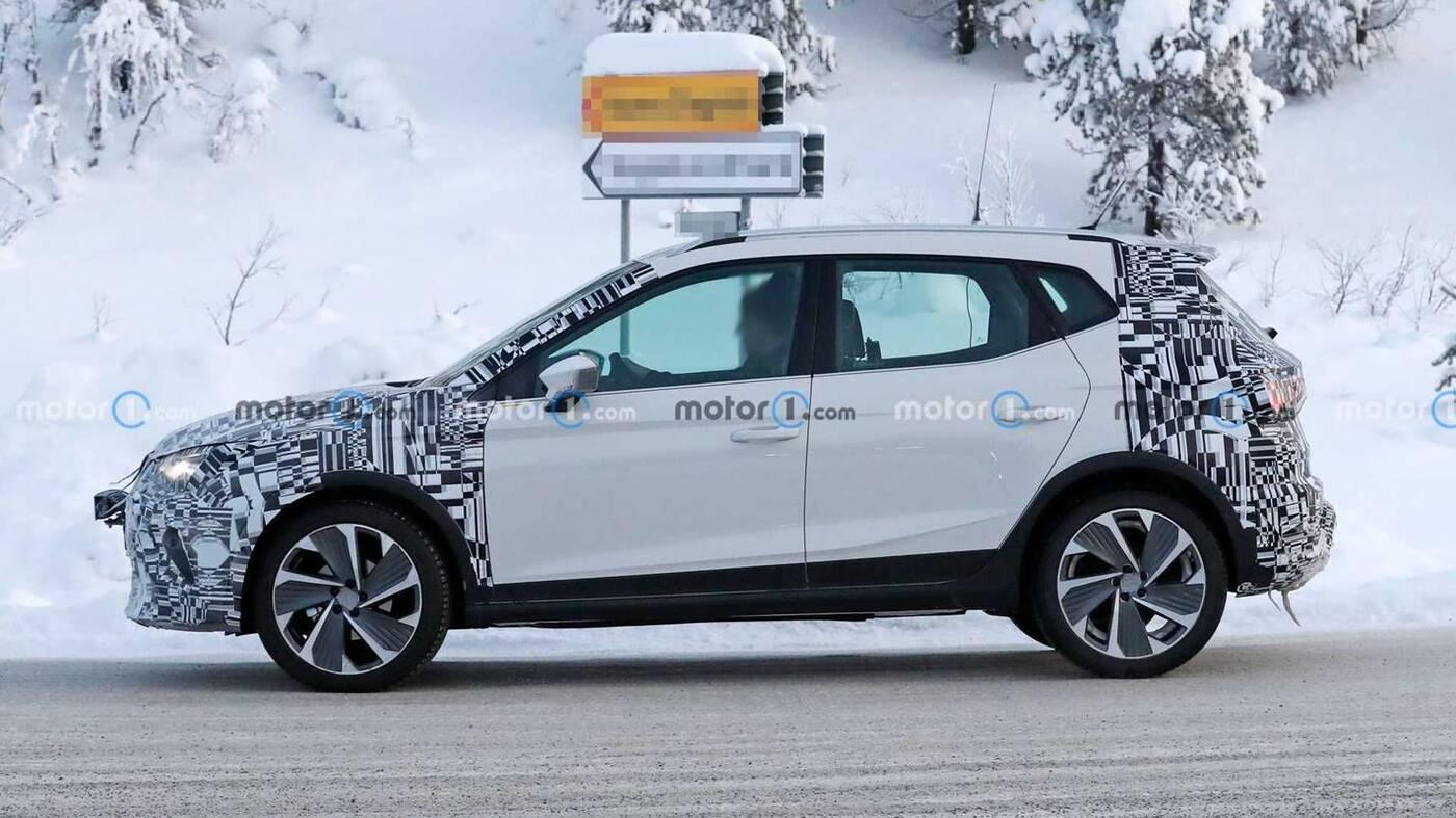 Lifting SEAT Arona 2022 wyszpiegowany w testach