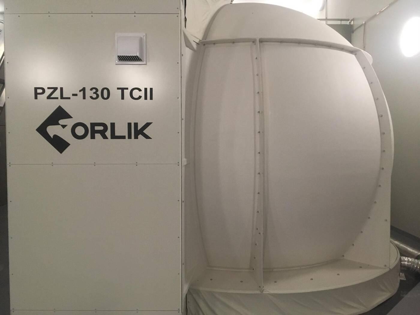 Nowy symulator samolotu szkoleniowego dla polskich Sił Powietrznych
