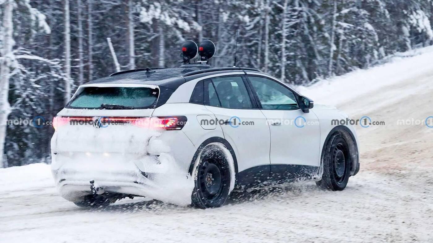 To najpewniej Volkswagen ID.4 GTX wyszpiegowany w testach