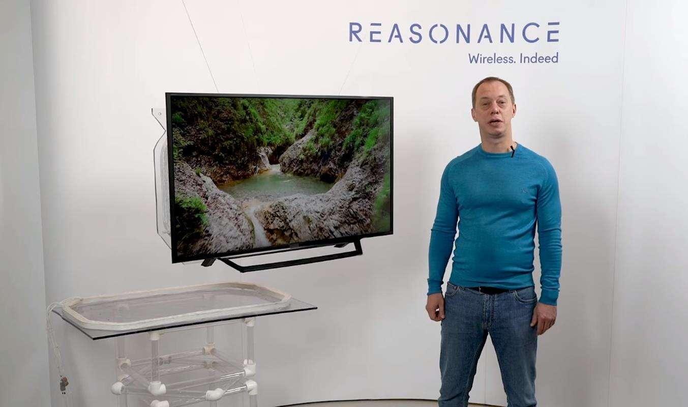 Bezprzewodowe zasilanie telewizora od Reasonance