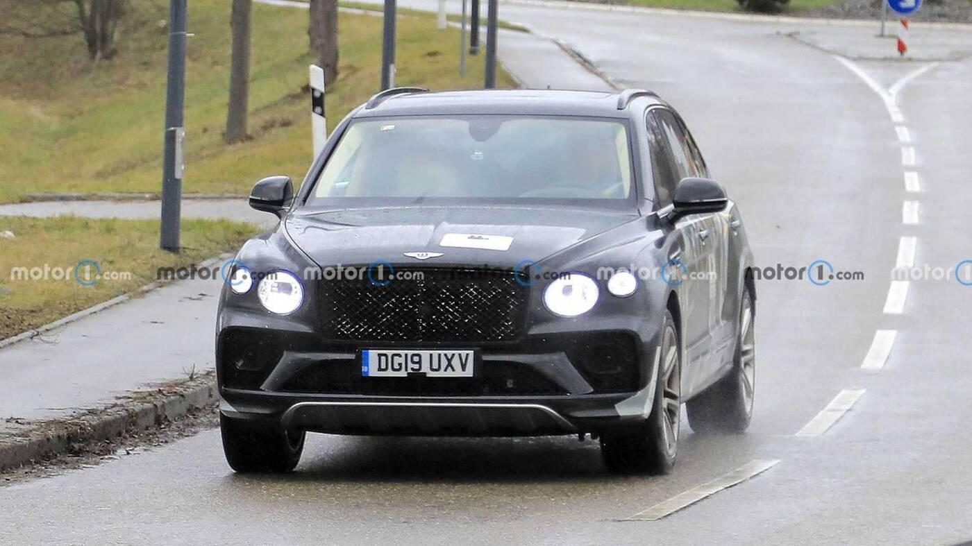 Zdjęcia Bentley Bentayga LWB 2022 w testach