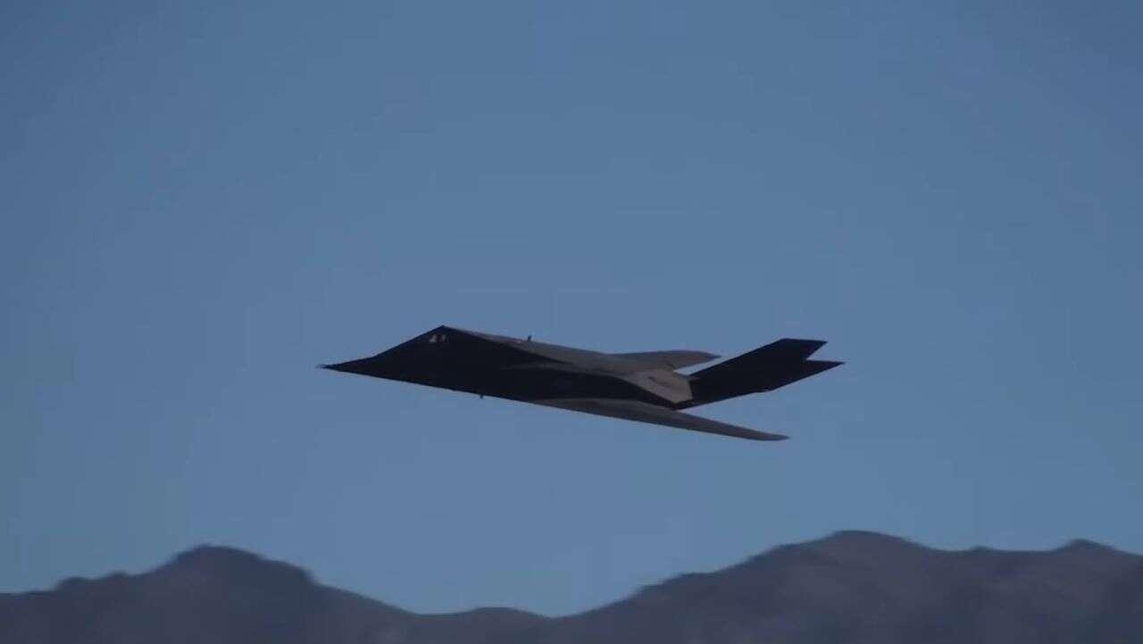Bombowce F-117A Nighthawk, Bombowce, F-117A Nighthawk,