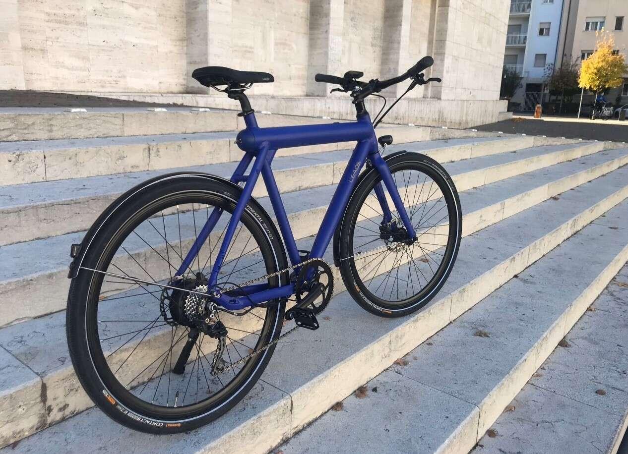 Elektryczny rower Rocket od Leaos