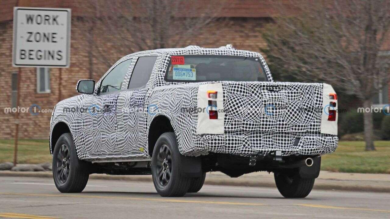 Ford Ranger PHEV 2023 potwierdzony. Są też zdjęcia prototypu