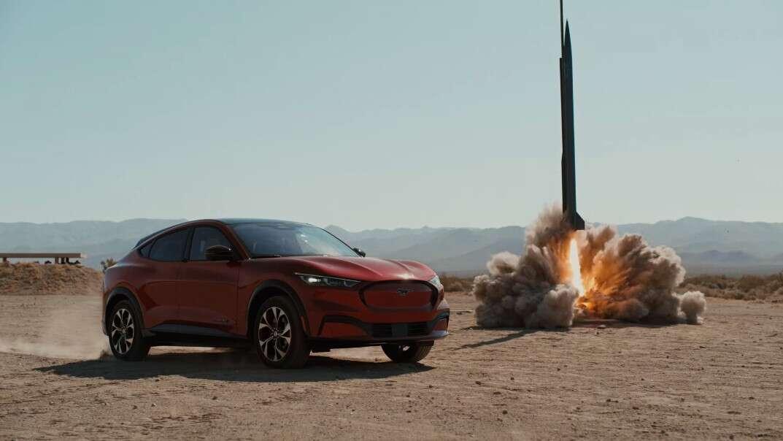pokaz zasięgu Mustanga Mach-E, zasięg Mustanga Mach-E