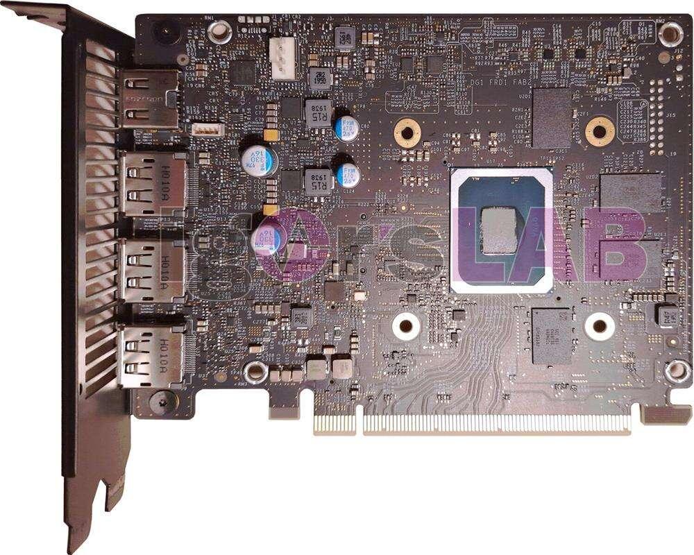 Karta graficzna Intel Xe DG1 SDV na szczegółowych zdjęciach