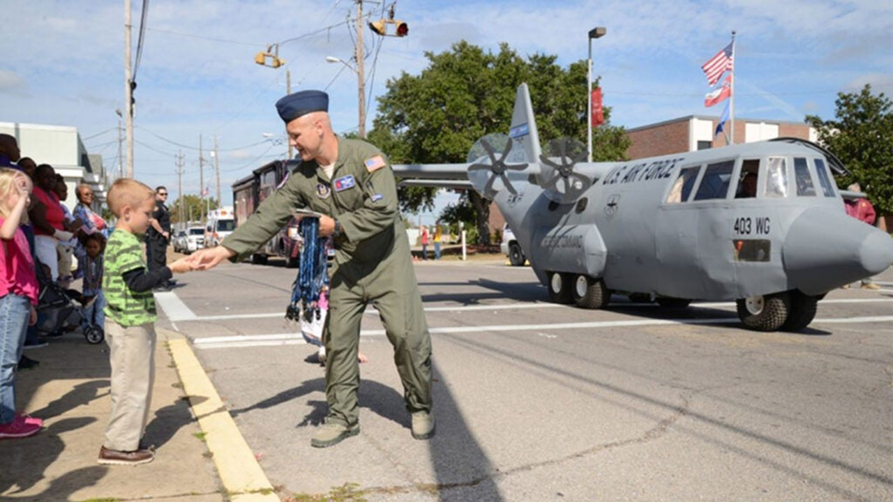 Miniatura samolotu transportowego C-17. Z giganta do malucha