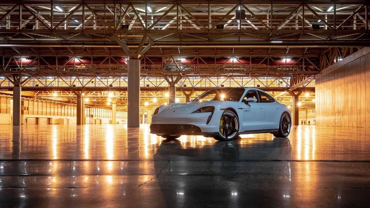 Nowy rekord prędkości dla Taycan Turbo S Porsche