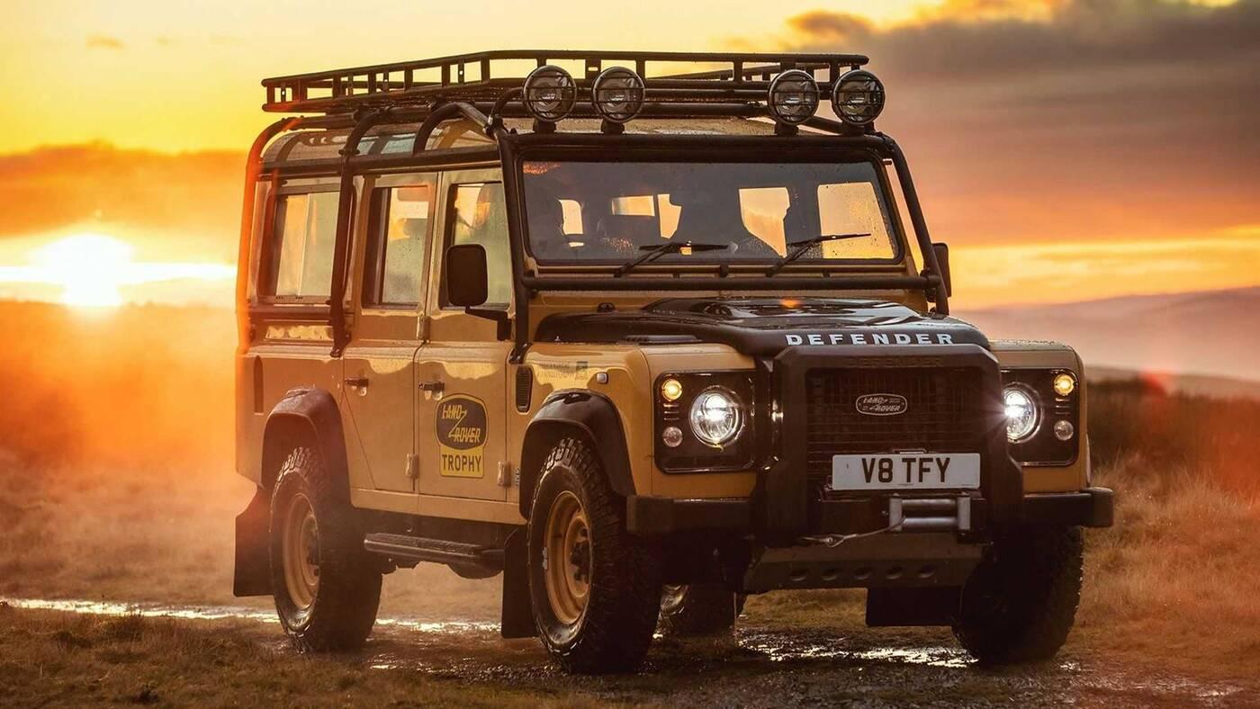 Land Rovera Defender Works V8 Trophy w akcji, Defender Works V8 Trophy w akcji, Defender Works V8 Trophy