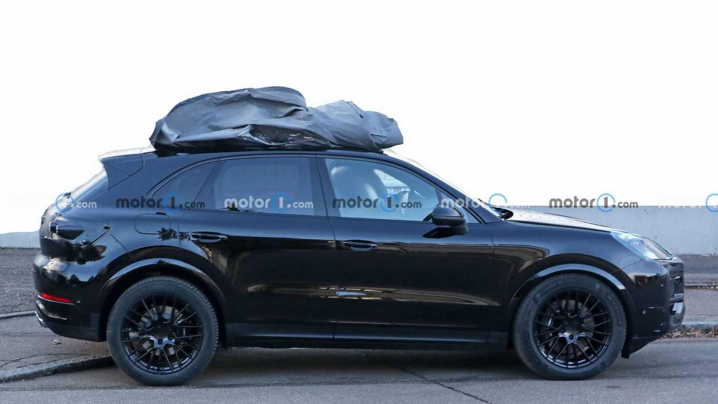 Pierwsze zdjęcia odświeżenia Porsche Cayenne