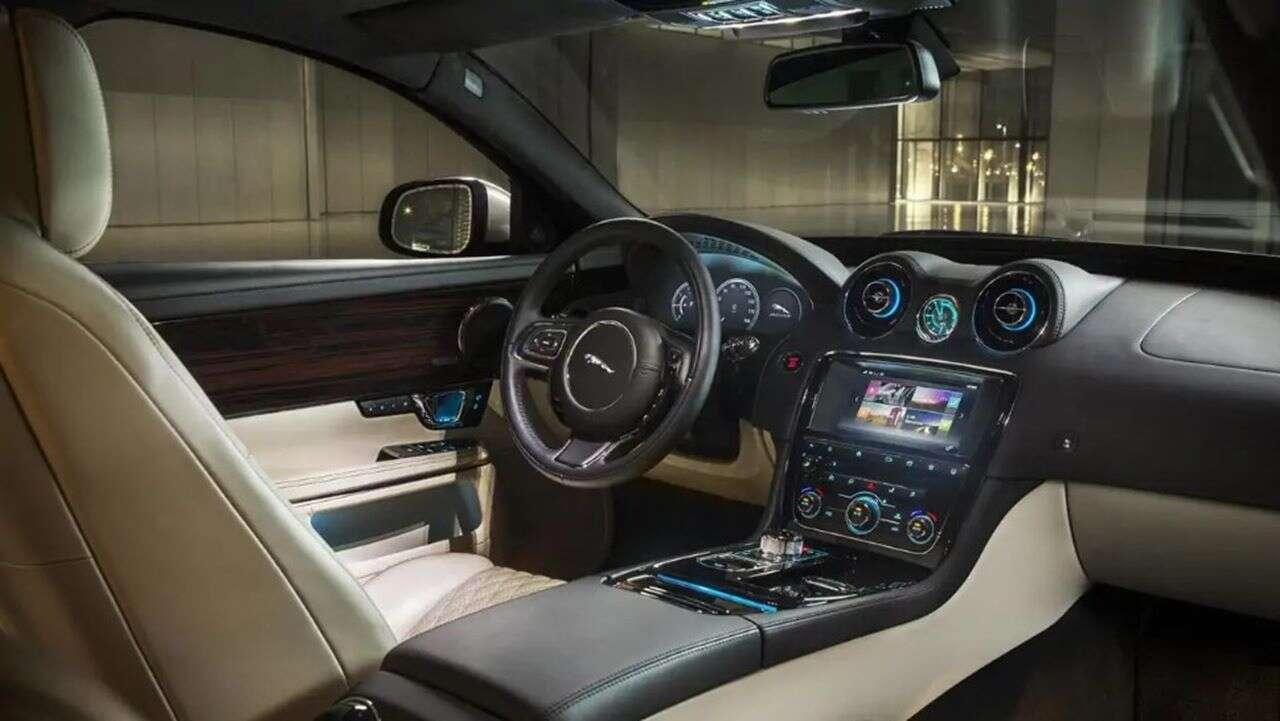 nowej erze Jaguar