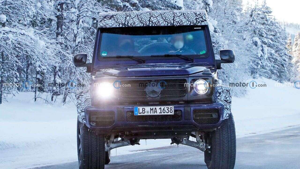 Zdjęcia Mercedesa G 4x4 Squared w zimowych testach