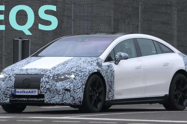 nagranie Mercedes-Benz EQS 2022