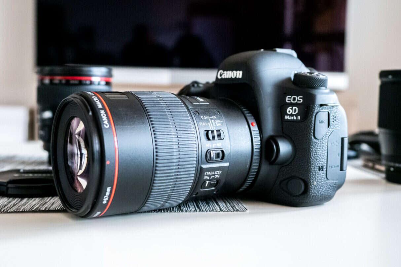 Canon produkuje najwięcej aparatów. Rynkiem rządzą trzy marki