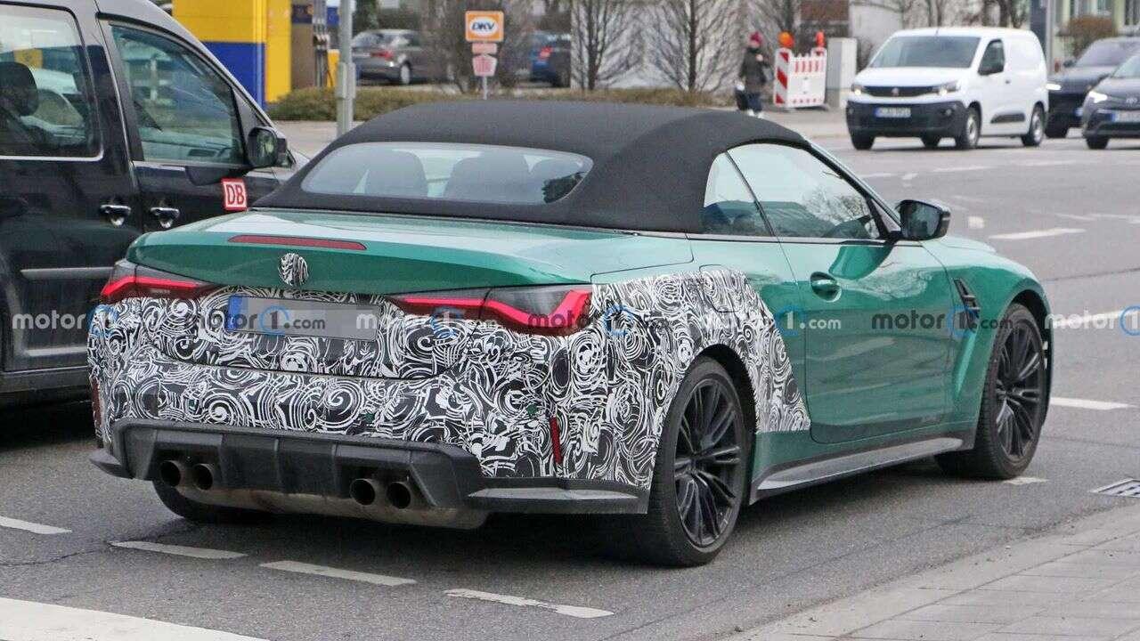Kabriolet BMW M4 2022 uchwycony, Kabriolet BMW M4 2022, BMW M4 2022