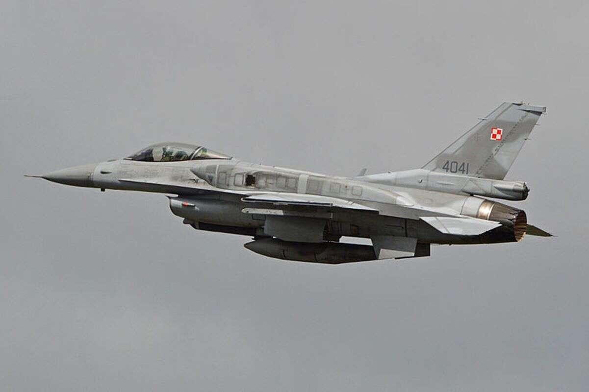 Najbardziej zaawansowane polskie myśliwce, myśliwce F-16, F-16, o myśliwcach F-16, polskie myśliwce