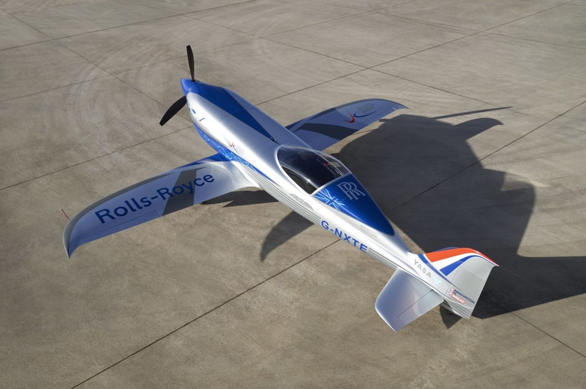 Elektryczny samolot Rolls Royce po teście. Kiedyś ma być tym najszybszym