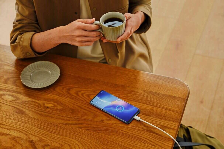 Poznajcie nową serię smartfonów OPPO Reno5