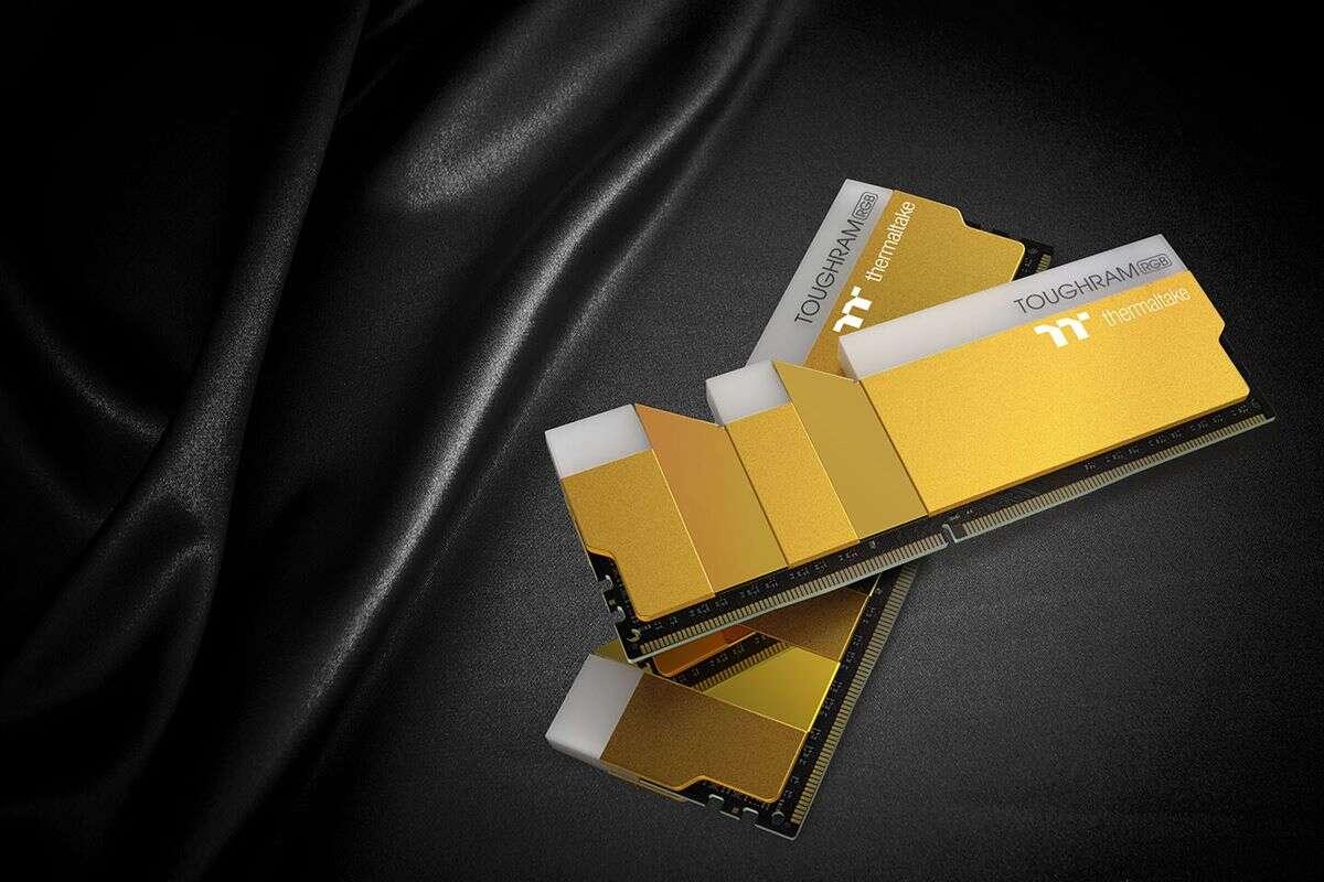 Szukacie nietypowych DDR4, ToughRAM od Thermaltake
