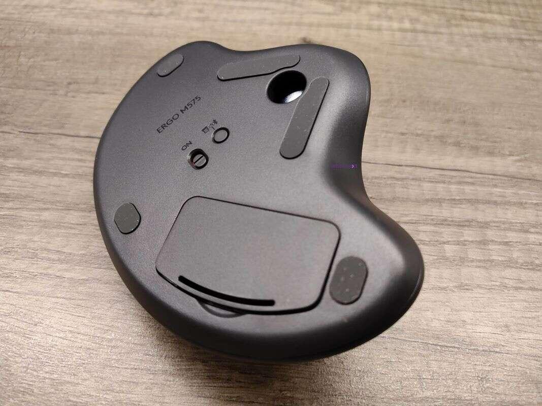 Test Logitech Ergo M575. Chętni na trackballa?