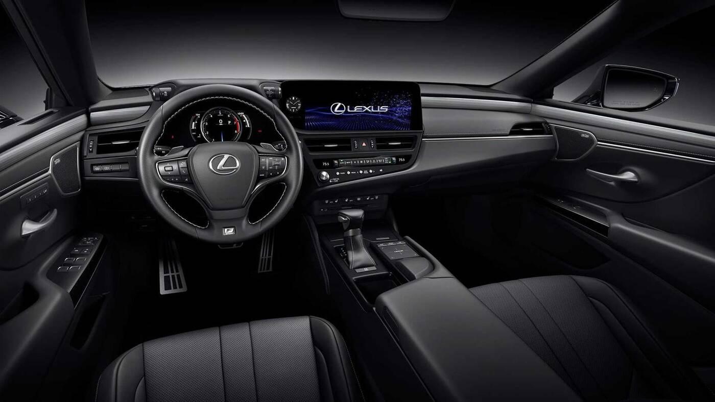 Co nowego w modelu Lexus ES 2022? Odświeżenie skupiło się na wnętrzu