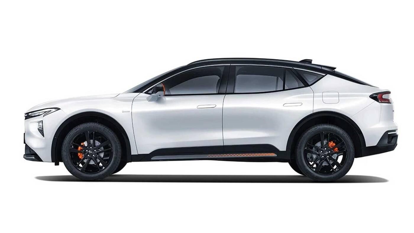 Ford Evos zadebiutował jako kombioSUV, którego można pokochać
