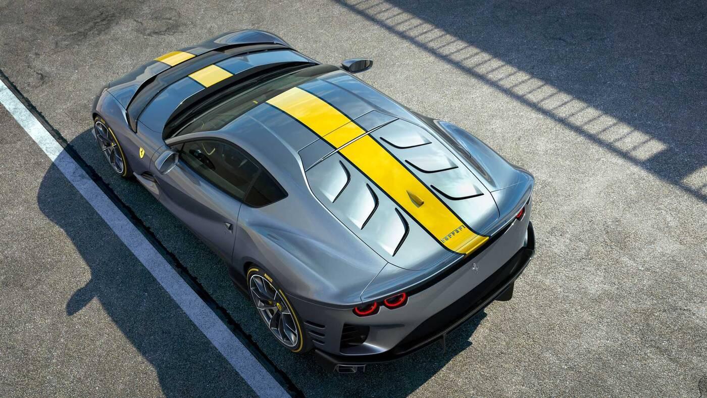 Nowe Ferrari 812 Superfast zadebiutowało, ale na szczegóły poczekamy