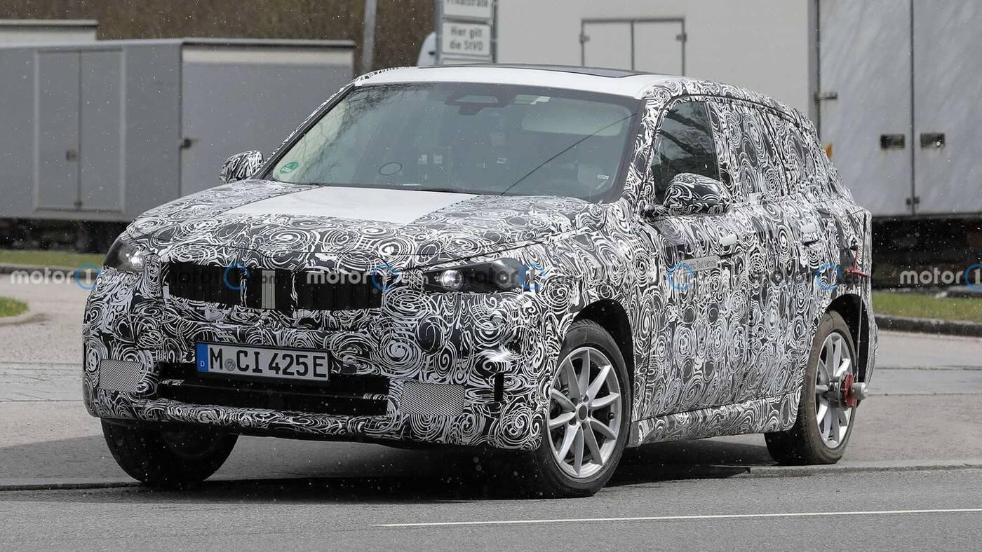 Spójrzcie na elektryczne BMW iX1 w testach