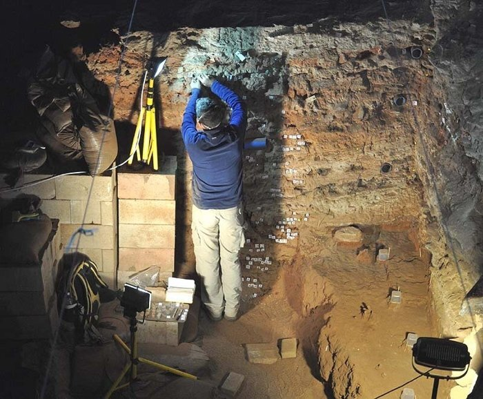Ta jaskinia zawiera rekordowo stare dowody na obecność ludzi