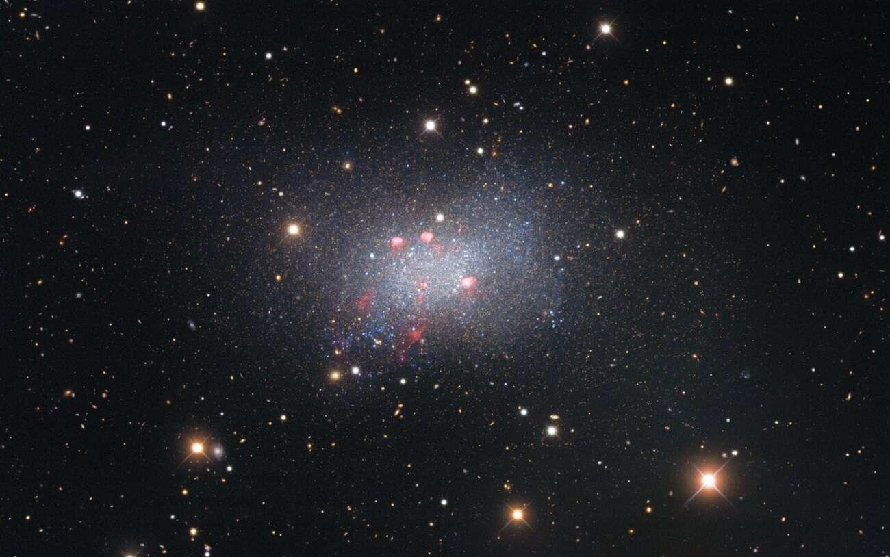 To tu rodzą się i umierają gwiazdy. Zobaczcie nowe zdjęcie galaktyki Sekstant B