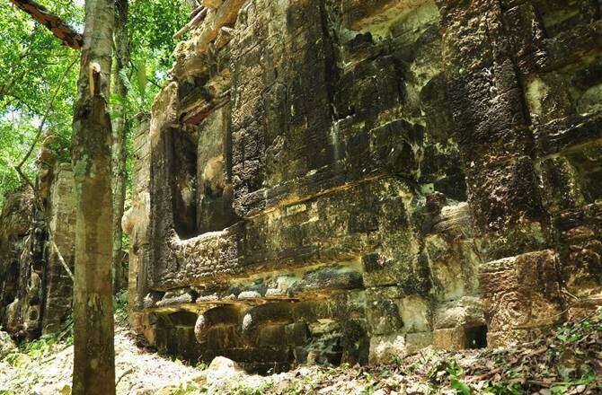 2.maya-cities-laguinita