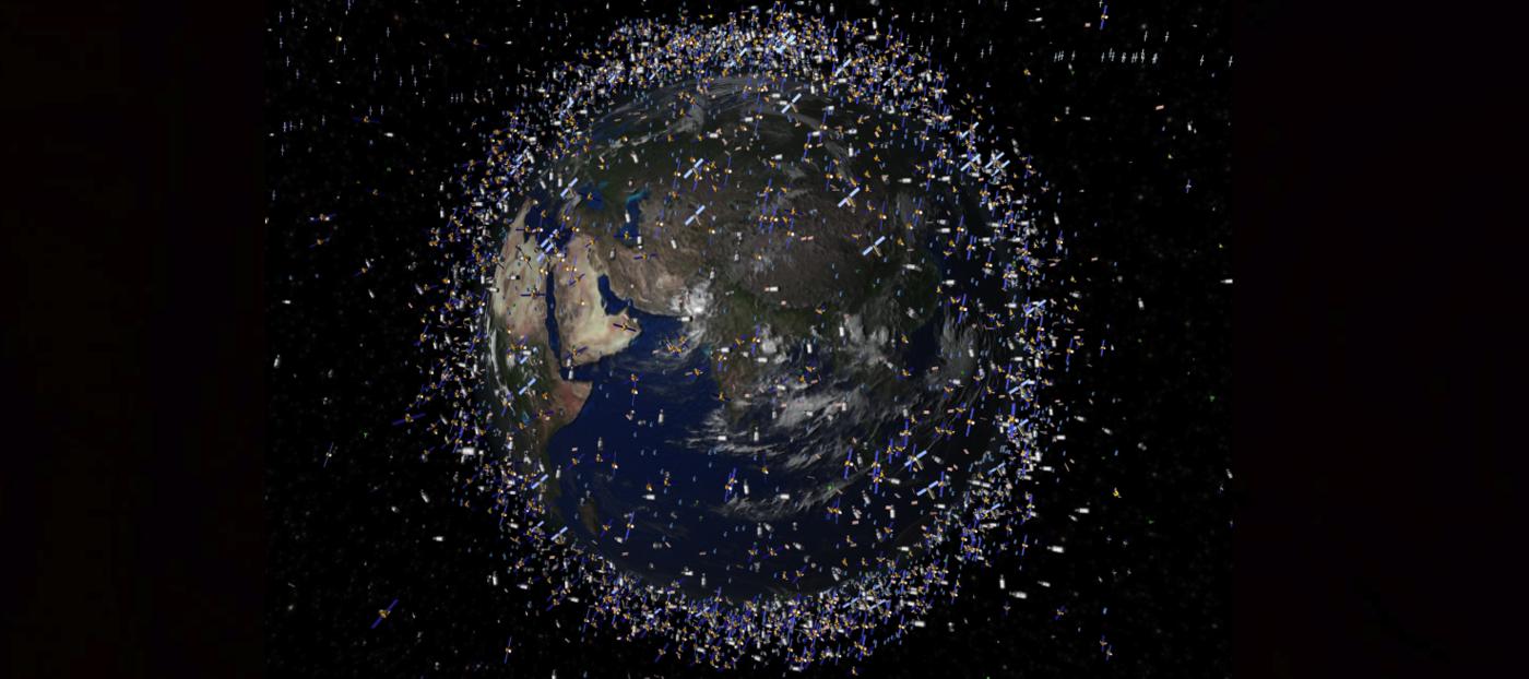 Japonia tworzy militarny program kontroli odpadów kosmicznych