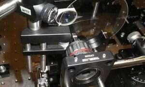 Kamera, która robi zdjęcia reakcjom chemicznym