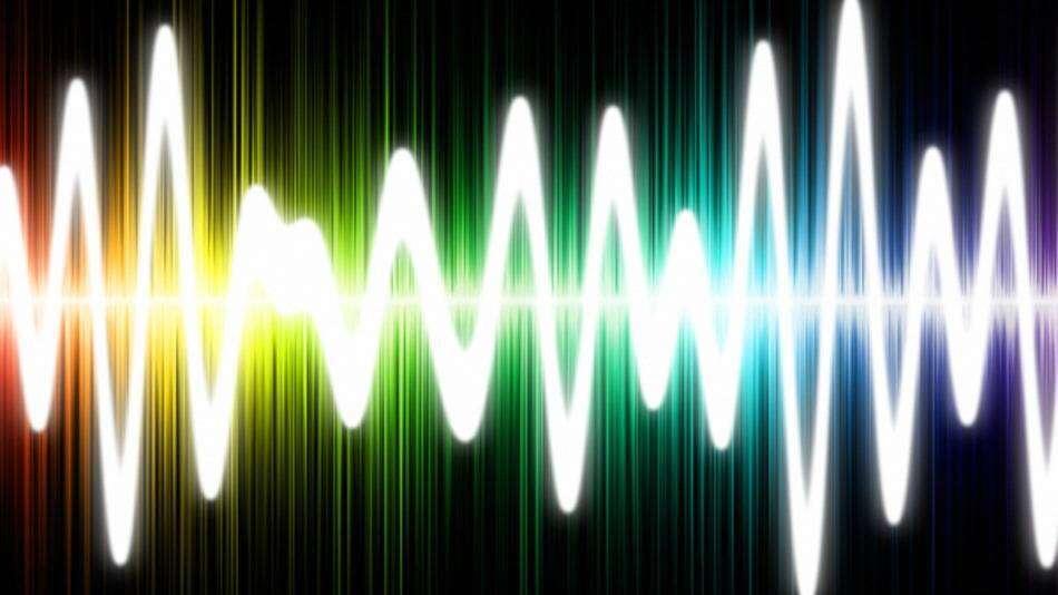 Dlaczego głos w naszej głowie brzmi inaczej niż w rzeczywistości?