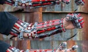 Egzoszkielet z klocków LEGO