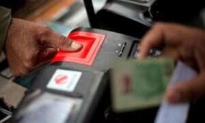 Pakistan: użytkownicy komórek będą musieli zostawić odciski palców