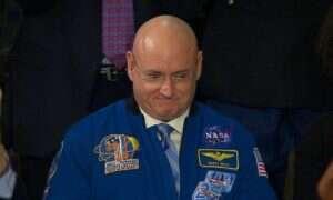 Astronauta Scott Kelly wypije na ISS jeszcze sporo oczyszczonego moczu i potu
