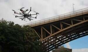 Policja w Indiach wyposaża drony w gaz pieprzowy