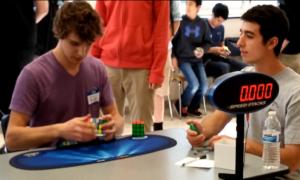 Nastolatek pobił rekord w układaniu kostki Rubika