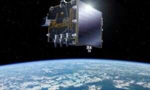 Tak wyglądają z kosmosu trasy 15 tysięcy samolotów