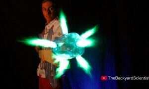 Zrób to sam! Youtuber poleca domowej roboty karabin plazmowy