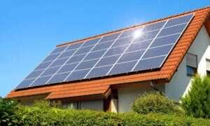 Według MIT, system baterii słonecznych w pełni zaspokoi zapotrzebowanie na prąd